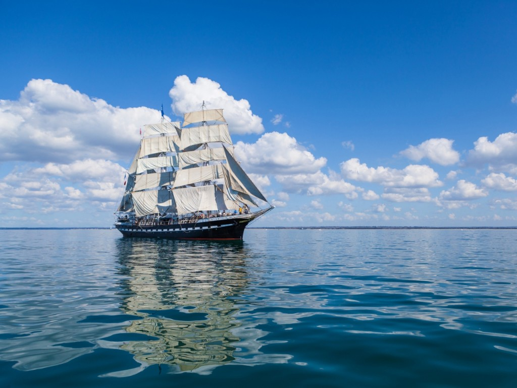 sea-sail-ship-clouds